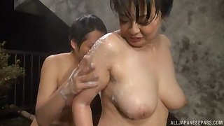 Wet and horny Japanese doll fucked and sprayed in her mouth