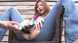 Natural tits Asian Hibiki in jeans enjoying her pussy fingered