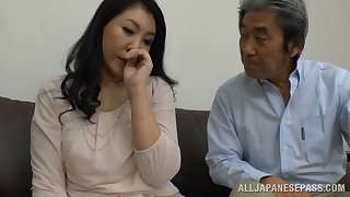 Beautiful Japanese milf gets her pussy enchanted by a friend's vibrator